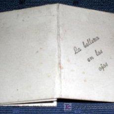 Libros de segunda mano: LIBRITO MINIATURA RARO LA BELLEZA EN LOS OJOS CON INSTRUCCIONES DEL MEDICAMENTO OFTAMOBEL FARMACIA. Lote 27451688