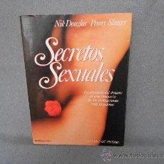 Libros de segunda mano: SECRETOS SEXUALES . Lote 37792639