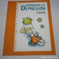 Libros de segunda mano: AFRONTAR LE DEPRESION, VALLEJO RUILOBA Y CRESPO BLANCO, J&C EDICIONES MEDICAS 1ª ED. 1999, LIBRO. Lote 63565488