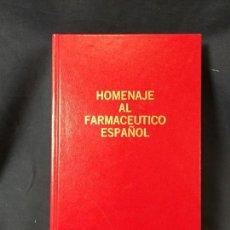 Libros de segunda mano: HOMENAJE AL FARMACEUTICO ESPAÑOL EDICION ESPECIAL Nº 905 DE 1000 BEECHAM 27,5X16,5CMS. Lote 67345409