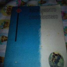 Libros de segunda mano: SALVAMIENTO Y SOCORRISMO CRUZ ROJA. EST6B5. Lote 82776780