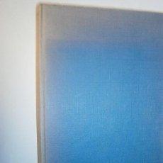 Libros de segunda mano: LIBROS BIENESTAR SALUD - EL YOGA Y LA MESA EDOUARD LONGUE EDICIONES TORAY 1968. Lote 109487715