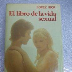 Libros de segunda mano: EL LIBRO DE LA VIDA SEXUAL. Lote 120419291