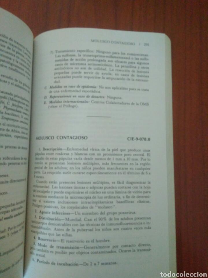 Libros de segunda mano: EL CONTROL ENFERMEDADES TRANSMISIBLES POR EL HOMBRE,ABRAM S.BENENSON.ORG PANAMERICANA DE SALUD 1983 - Foto 3 - 127642770