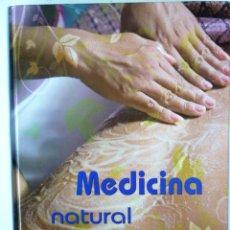 Libros de segunda mano: MEDICINA NATURAL Y ALTERNATIVA - GRUPO CULTURAL. Lote 146505190