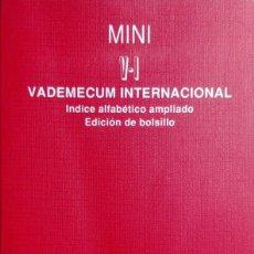 Libros de segunda mano: MINI V-I VADEMECUM INTERNACIONAL : ÍNDICE ALFABÉTICO AMPLIO. ED. DE BOLSILLO. MADRID : MEDICOM, 1995. Lote 159293570