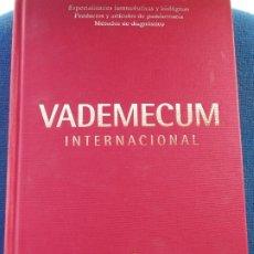 Libros de segunda mano: VADEMECUM INTERNACIONAL 2004. Lote 175337098