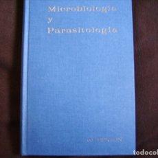 Libros de segunda mano: MICROBIOLOGÍA Y PARASITOLOGÍA. Lote 182507356