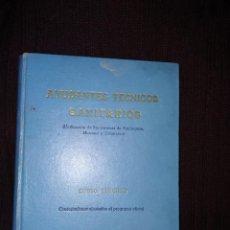 Libros de segunda mano: AYUDANTES TÉCNICOS SANITARIOS . Lote 195229250