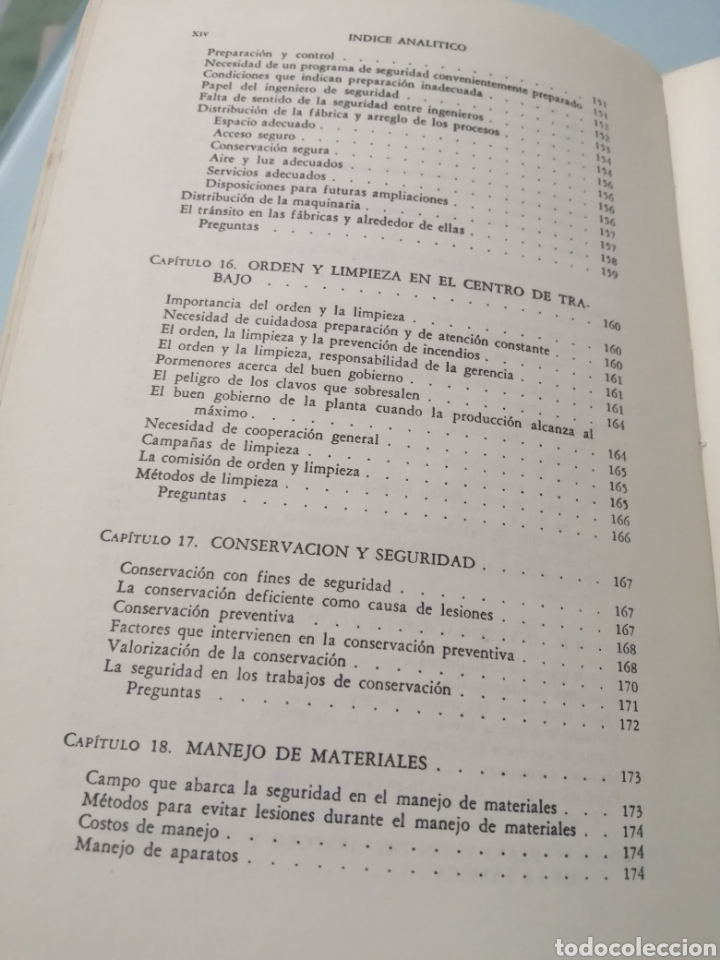 Libros de segunda mano: MANUAL DE PREVENCIÓN DE ACCIDENTES DE TRABAJO. R. P. BLAKE. ED. REVERTÉ, 1962. - Foto 10 - 208998763