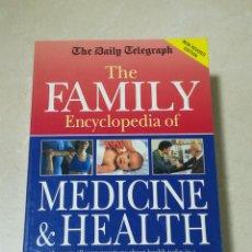 Libros de segunda mano: THE FAMILY ENCYCLOPEDIA OF MEDICINE & HAELTH. 1996. TAPA BLANDA. 986 PAGINAS. EN INGLES. Lote 219578961