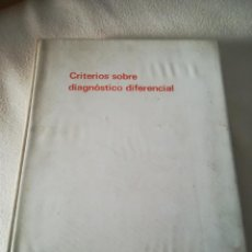 Libros de segunda mano: CRITERIOS SOBRE DIAGNOSTICO DIFERENCIAL. BOEHRINGER INGELHEIM. COLECCION DE 80 FICHAS. 1972. VER. Lote 219679771