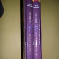 Libros de segunda mano: TEXTBOOK OF MOOD DISORDERS, VVAA, 2 LIBROS EN ESTUCHE, EDICIÓN EN ESPAÑOL, ED. AMERICAN PSYCHIATRIC. Lote 220959112