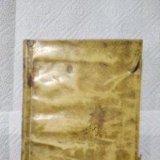 Libros de segunda mano: MEDICINA CIRUGIA TRATADO DE VENDAJES PERGAMINO 10 GRABADOS COMPLETOS PERFECTO AÑO 1763. Lote 222718402