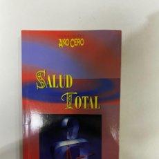 Libri di seconda mano: SALUD TOTAL. DOCTOR ANDREW WEIL. COLECCION AÑO CERO. EDICIONES URANO. MADRID,2000.PAGS: 95. Lote 230562565