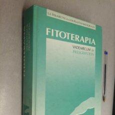 Libros de segunda mano: FITOTERAPIA, VADEMECUM DE PRESCRIPCIÓN / A. ARTECHE / CITA PUBLICACIONES 1ª EDICIÓN 1992. Lote 289855838