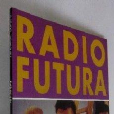 Libros de segunda mano: RADIO FUTURA - EDUARDO GUILLOT. Lote 93647890