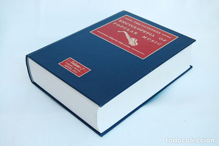 Libros de segunda mano: THE GUINNESS ENCYCLOPEDIA OF POPULAR MUSIC – ED. COLIN LARKIN (4 TOMOS) - Foto 11 - 102535951
