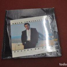 Libros de segunda mano: LIBRO Y CD BRUCE SPRINGSTEEN , TUNNEL OF LOVE - MUB. Lote 128691931