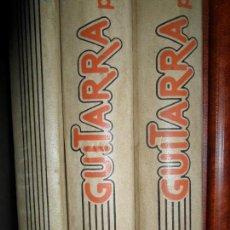 Libros de segunda mano: GUITARRA PARA TODOS, 3 LIBROS MÁS PARTITURAS. Lote 132235890