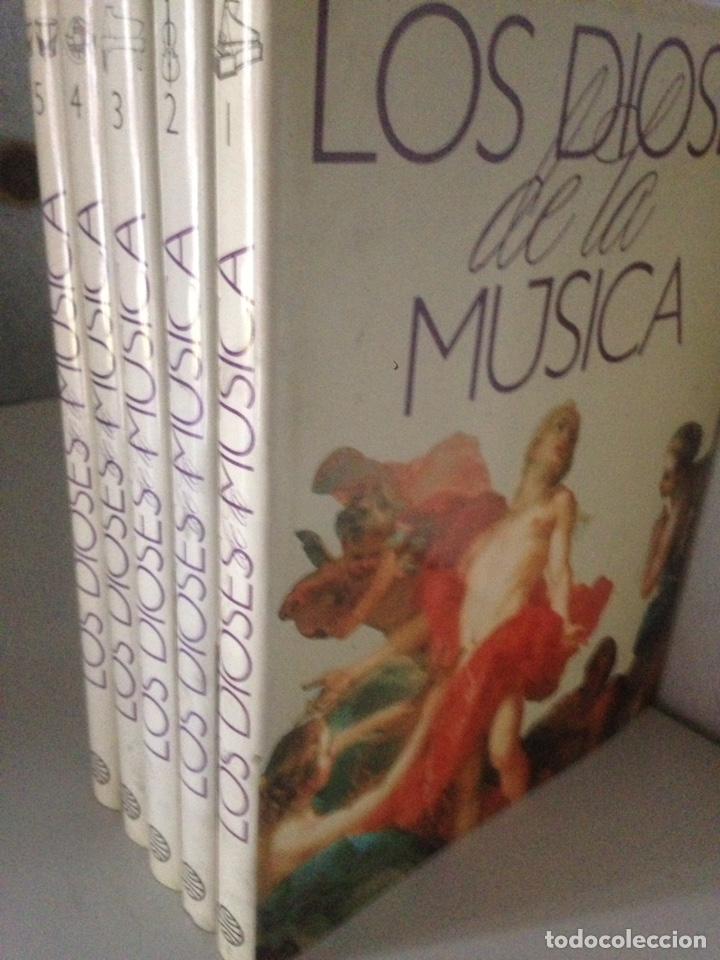 Libros de segunda mano: LOS DIOSES DE LA MÚSICA - 5 tomos - Foto 2 - 143543778