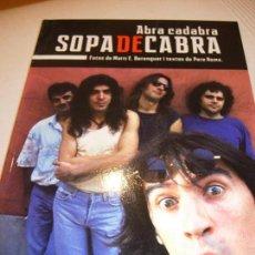 Libros de segunda mano: ABRA CADABRA SOPA DE CABRA. TEXTO EN CATALÁN. Lote 143641138