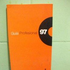 Libros de segunda mano: GUÍA PROFESIONAL DEL ANUARIO DE LA MÚSICA 97 - EL PAÍS - 1997 PEPETO. Lote 160624650