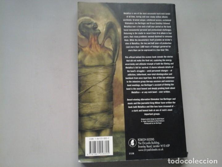 Libros de segunda mano: JOE BERLINGER / GREG MILNER. METALLICA. THIS MONSTERS LIVES. 1ª EDICIÓN 2005. ROBSON BOOKS. RARO. - Foto 2 - 213483708