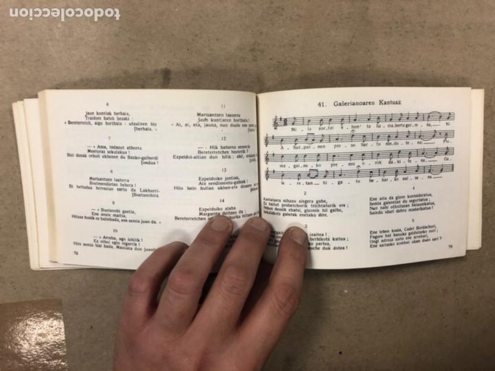 Libros de segunda mano: KANTUZ, RECUEIL DE 120 CHANSONS POPULAIRES BASQUES. PAUL ETCHEMENDY et PIERRE LAFITTE. ELKAR 1980. - Foto 6 - 224856485