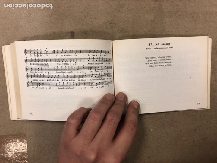 Libros de segunda mano: KANTUZ, RECUEIL DE 120 CHANSONS POPULAIRES BASQUES. PAUL ETCHEMENDY et PIERRE LAFITTE. ELKAR 1980. - Foto 8 - 224856485