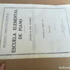 Libros de segunda mano: ESCUELA ELEMENTAL PIANO / PRIMER AÑO / SOCIEDAD DIDACTICO MUSICAL / Z102. Lote 243079895