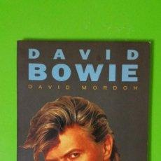 Libros de segunda mano: DAVID BOWIE POR DAVID MORDOH. EL DUQUE BLANCO. COLECCIÓN VIDEO ROCK DE SALVAT EN RÚSTICA. Lote 244914865