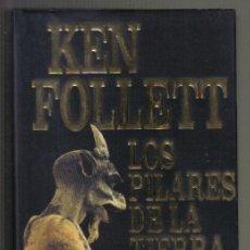 Libros de segunda mano: LOS PILARES DE LA TIERRA. KEN FOLLETT. PLAZA & JANES 2004. LITERACOMIC.. Lote 34439625