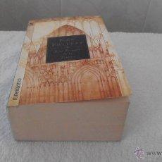 Libros de segunda mano: LOS PILARES DE LA TIERRA KEN FOLLETT . Lote 42075221