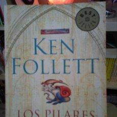 Libros de segunda mano: LOS PILARES DE LA TIERRA DE KEN FOLLET. Lote 116619895