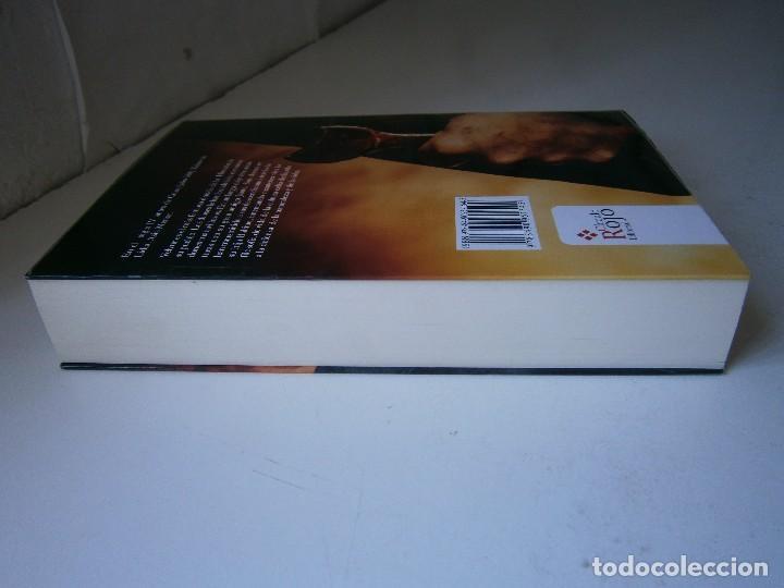 Libros de segunda mano: VELVUR EL DRUIDA Antonia Chico Lobato Circulo Rojo 1 edicion 2015 - Foto 5 - 128940935