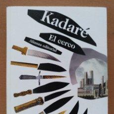 Libros de segunda mano: EL CERCO KADERE ALIANZA EDITORIAL 2012 BOLSILLO. Lote 128964395