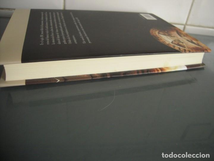 Libros de segunda mano: LA FORJA DE UN LINAJE - Juan G. Atienza - Foto 3 - 176840657