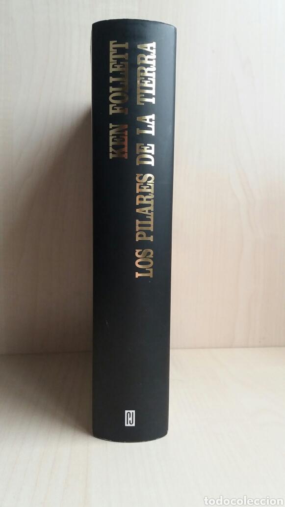 Libros de segunda mano: Los pilares de la tierra. Ken Follet. - Foto 2 - 180866112