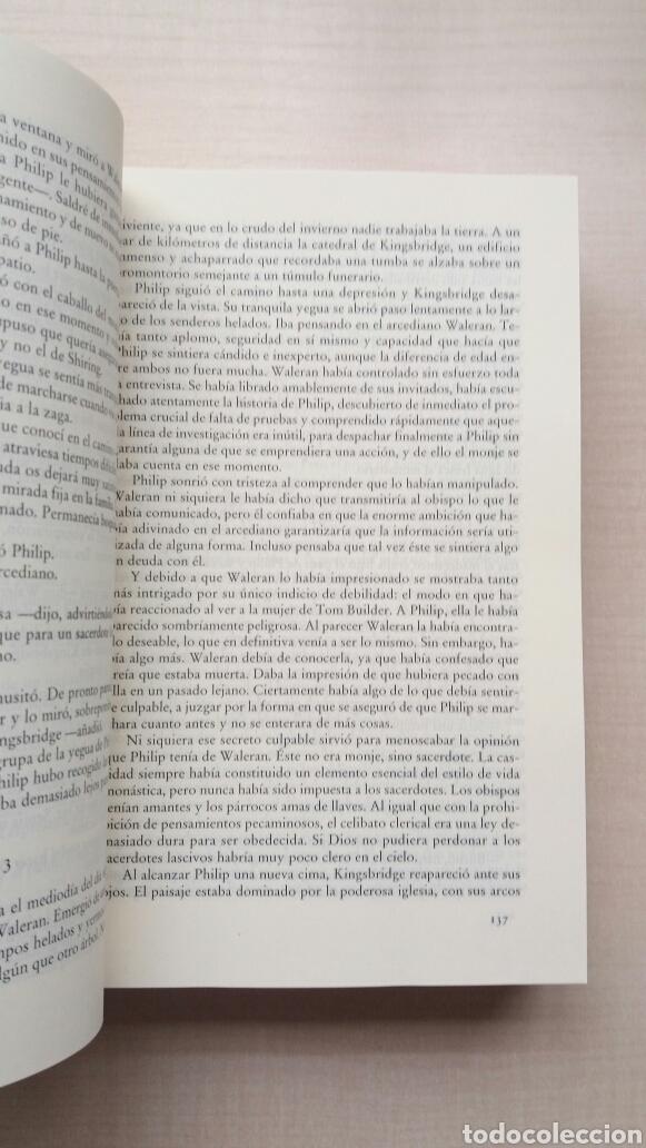 Libros de segunda mano: Los pilares de la tierra. Ken Follet. - Foto 6 - 180866112