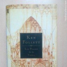 Libros de segunda mano: LIBRO LOS PILARES DE LA TIERRA KEN FOLLETT. Lote 183982661