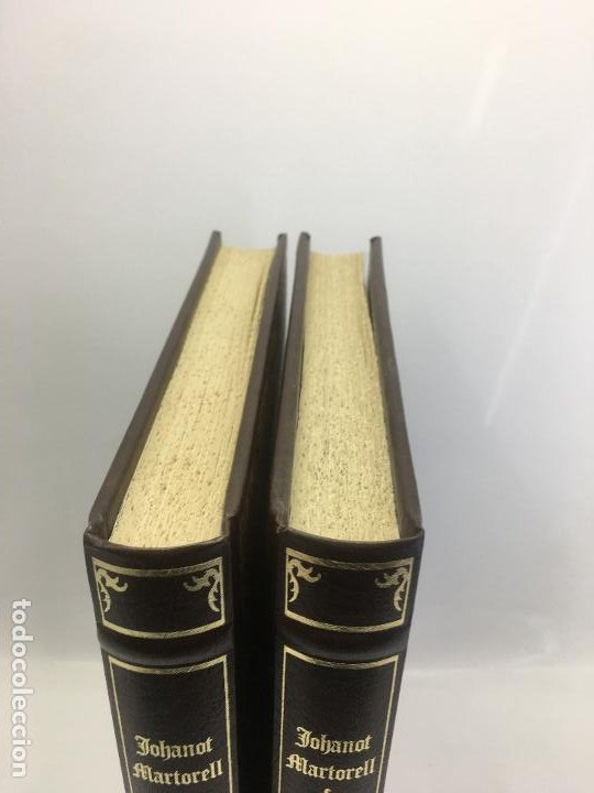 Libros de segunda mano: TIRANT LO BLANCH, DE JOHANOT MARTORELL I MARTI JHAN DE GALBA, 2 VOLUMEN, LUJOSOS Y EDICION NUMERADA - Foto 3 - 185925361