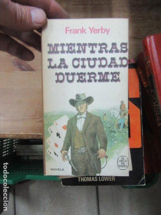 MIENTRAS LA CIUDAD DUERME, FRANK YERBY. L.20197 (Libros de Segunda Mano (posteriores a 1936) - Literatura - Narrativa - Novela Histórica)
