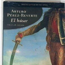 Libros de segunda mano: EL HÚSAR DE ARTURO PÉREZ REVERTE. CÍRCULO DE LECTORES, LIBRO NUEVO TODAVÍA CON EL PRECINTO. Lote 190091640