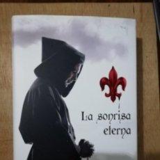 Libros de segunda mano: LA SONRISA ETERNA. JUAN J. PRIETO. Lote 190869185