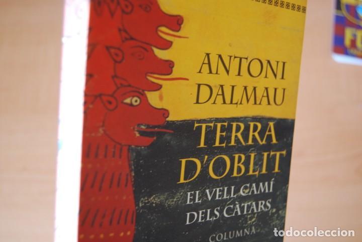 Libros de segunda mano: Terra doblit. El vell camí dels càtars. Antoni Dalmau - Foto 2 - 200321867