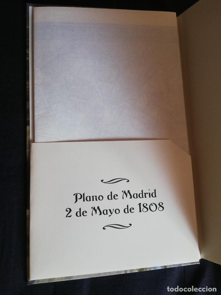 Libros de segunda mano: UN DÍA DE CÓLERA - ARTURO PÉREZ-REVERTE - Foto 2 - 205557982