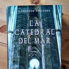 Libros de segunda mano: LA CATEDRAL DEL MAR · ILDEFONSO FALCONES. (EDICIÓN TAPA DURA). PEDIDO MÍNIMO: 6 EUROS.. Lote 214537985