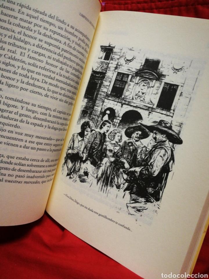 Libros de segunda mano: LIMPIEZA DE SANGRE, LAS AVENTURAS DEL CAPITÁN ALATRISTE- ARTURO PÉREZ REVERTE, ED.ALFAGUARA. - Foto 3 - 217271701