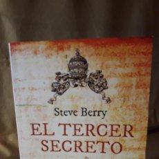 Libros de segunda mano: EL TERCER SECRETO / STEVE BERRY. Lote 221953355